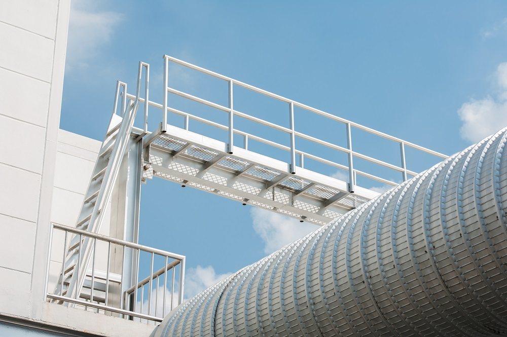 Advantages of Roof Access Ladders in Industrial Area