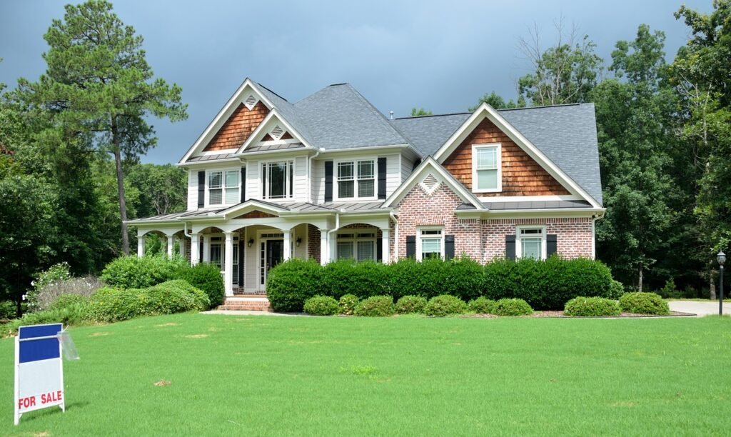 Things One Need to Know Before Selling a House