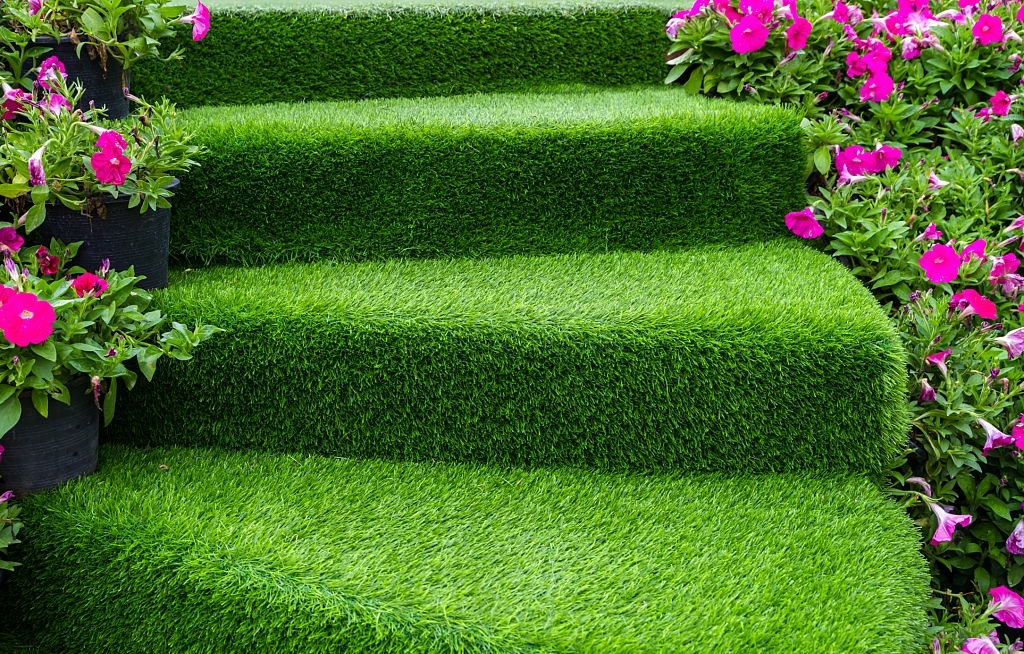 Best Artificial Grass in Abu Dhabi with Affordable Price