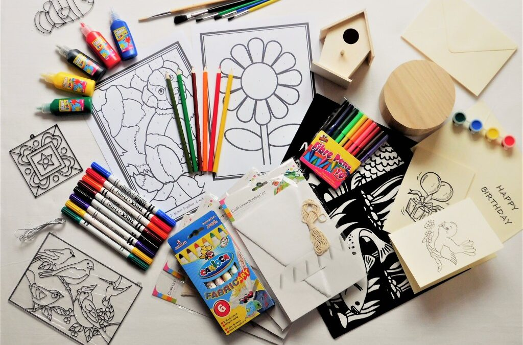 Art Supplies Adds Color and Creativity
