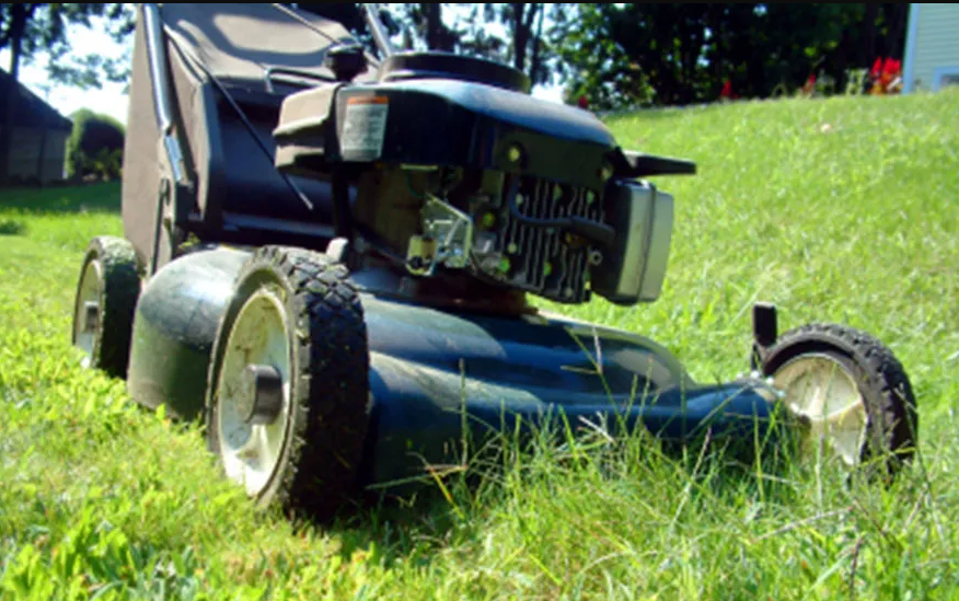 Finding a Walk Behind Lawn Mower For Your Small to Medium Yard