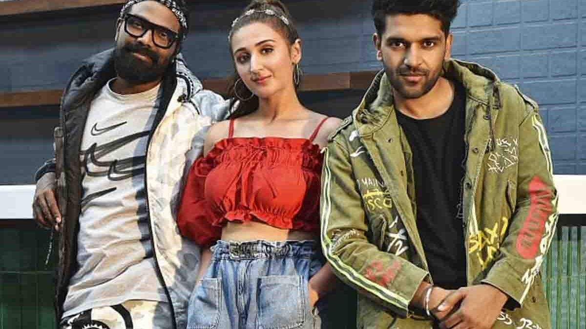 The biggest pop stars Guru Randhawa & Dhvani Bhanushali come together for Bhushan Kumar's 'Baby Girl' directed by Remo D'Souza!