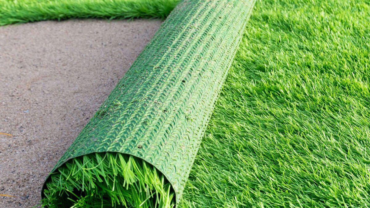 5 Benefits of Applying Artificial Grass for Your Lawn