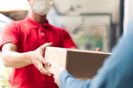 Things to consider while choosing a shipping company
