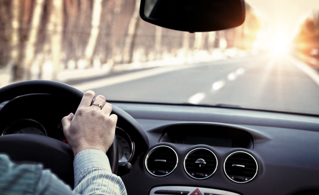 What are the 5 rules of Defensive Driving?