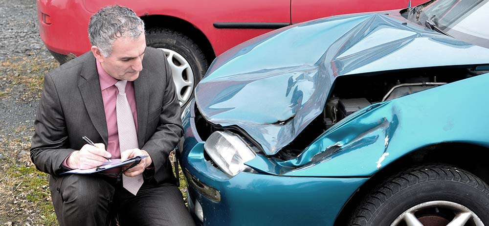 5 Reasons You Shouldn't File Your Car Accident Claim Without a Lawyer