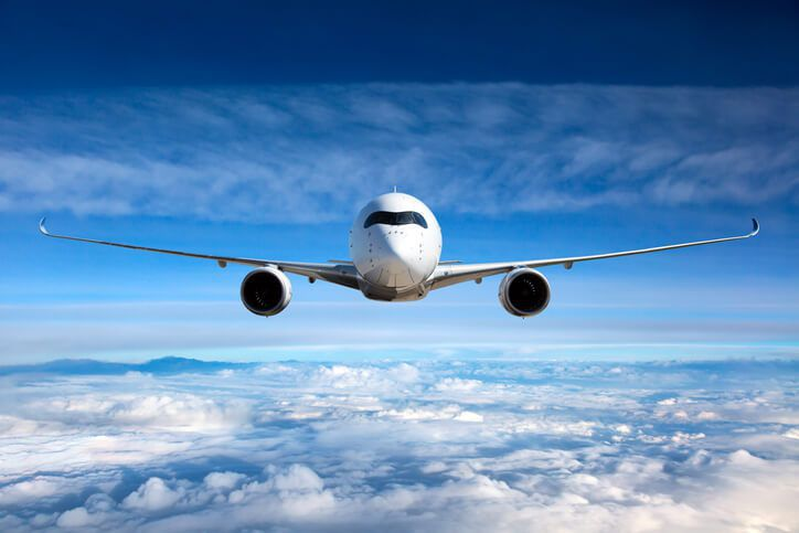 5 Main Tips to Survive a Long-distance Flight