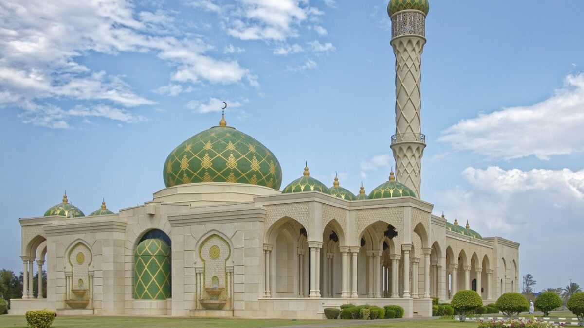 8 Amazing Historical Tourist Attractions In Oman