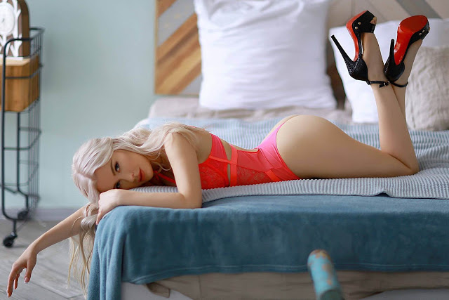 Mumbai Escort Girls fill Some Scents in your life